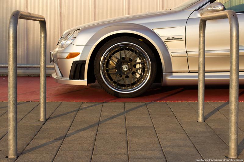 mercedes-benz-clk63-amg-black-series-front-wheel-hre-03