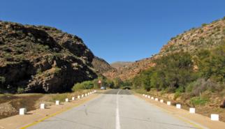 Mareispoort Pass South Africa   photography by Sebastian Motsch (2012)