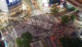 2017 Japan Tokyo Shibuya Crossing at Night | travel photography by Sebastian Motsch (2017)