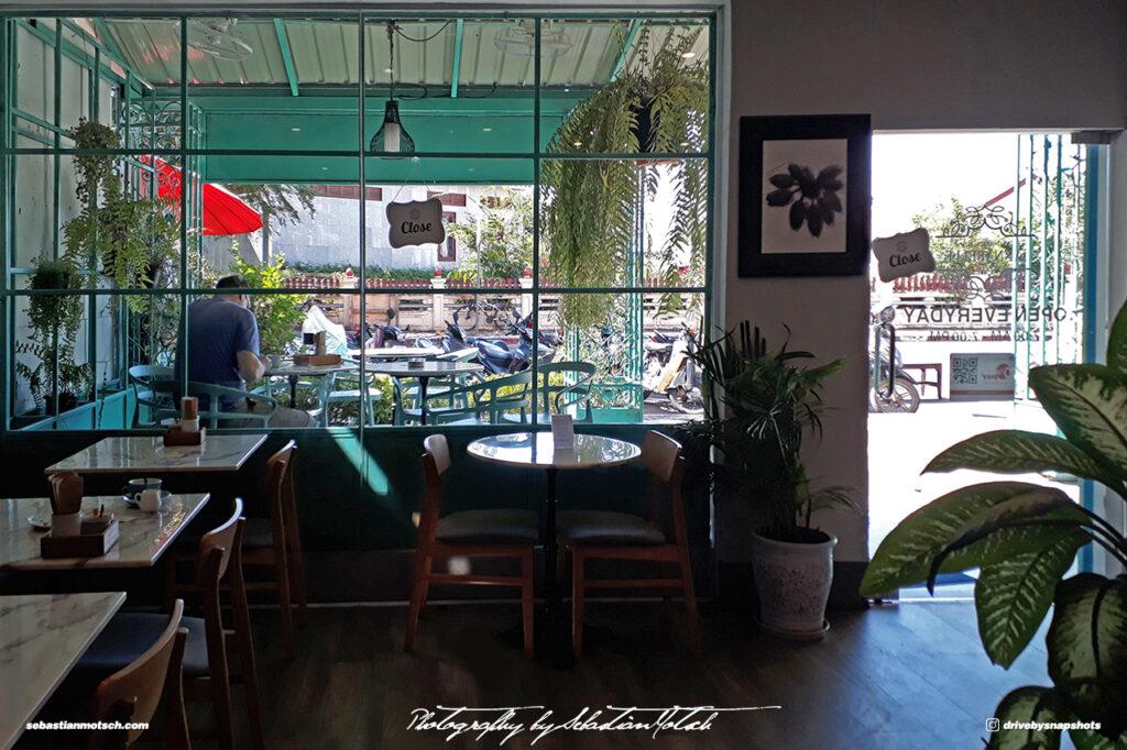 Laos Vientiane Breakfast Cafe 01 Travel Photography by Sebastian Motsch