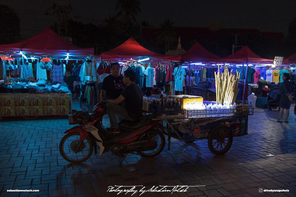 Laos Vientiane Chao Anouvong Park Night Market 01 Travel Photography by Sebastian Motsch