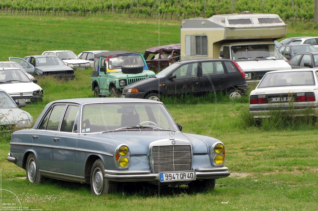 Mercedes-Benz 280SE Rust in Peace | Drive-by Snapshots by Sebastian Motsch (2010)