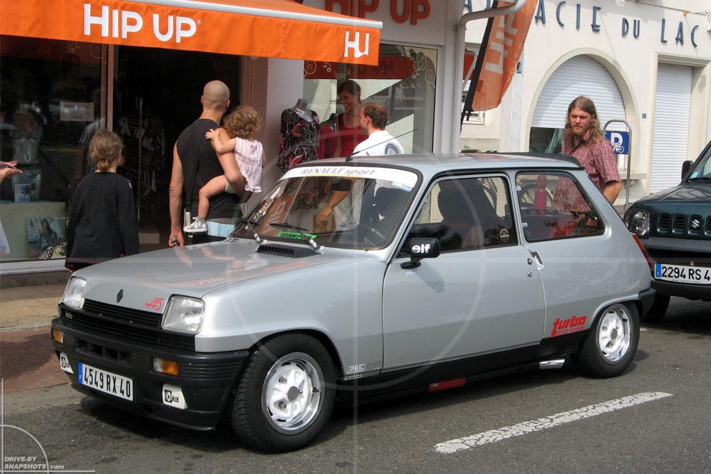 Renault 5 A5 Turbo Hossegor France   Drive-by Snapshots by Sebastian Motsch (2009)