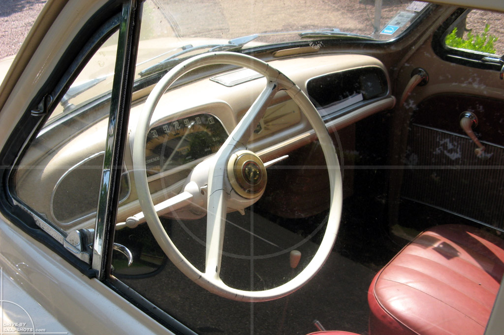 Renault Dauphine Mezos France | Drive-by Snapshots by Sebastian Motsch (2007)