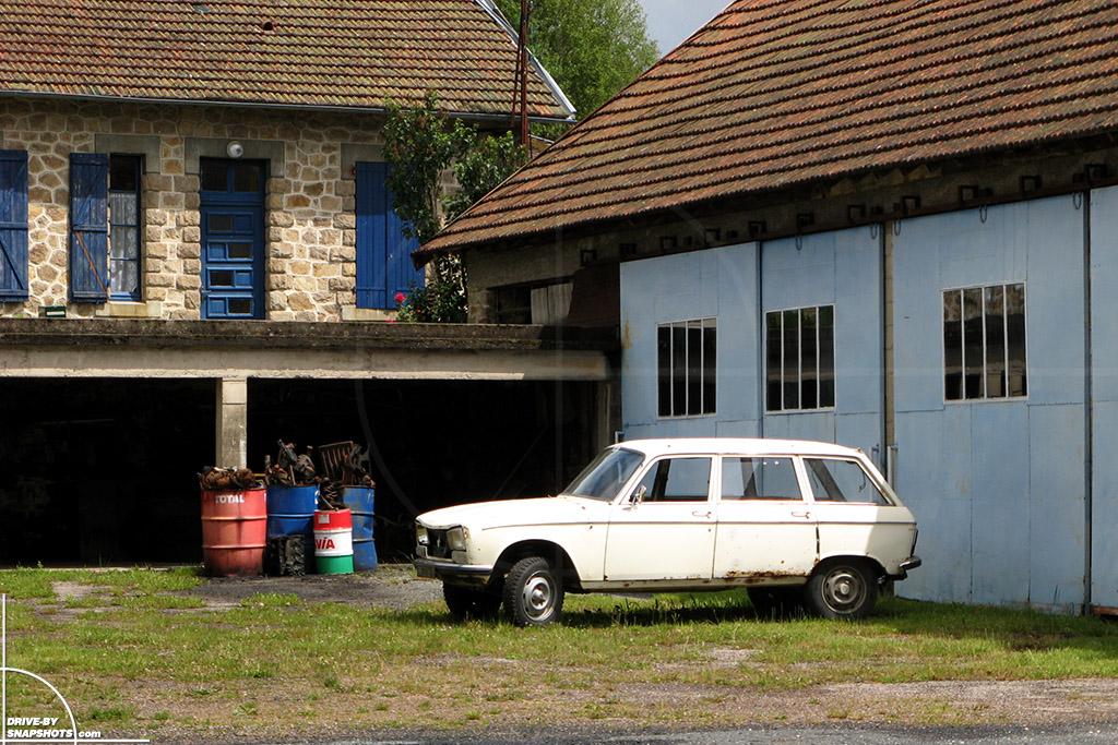 Station Service Saint Priest de Gimel France | Drive-by Snapshots by Sebastian Motsch (2007)