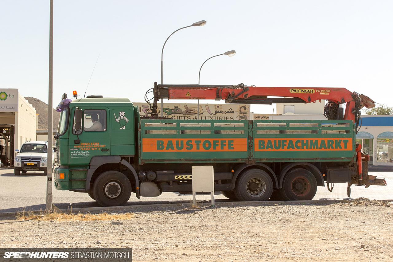 Speedhunters-MAN-26-464-6x4-in-Oman-by-Sebastian-Motsch