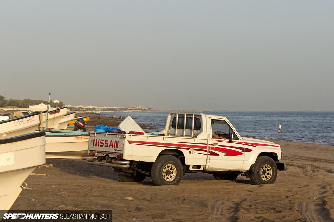Speedhunters-Nissan-Patrol-Pickup-in-Oman-by-Sebastian-Motsch