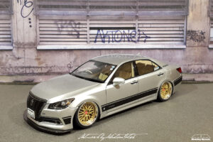 Toyota Crown Royal Saloon Hybrid Aoshima by Sebastian Motsch