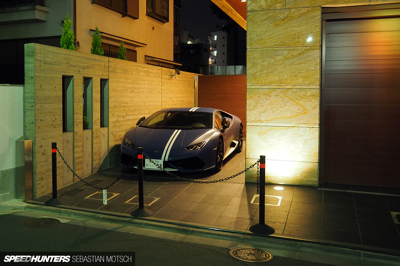 Lamborghini-Huracan-in-Tokyo-Japan-by-Sebastian-Motsch 1280px