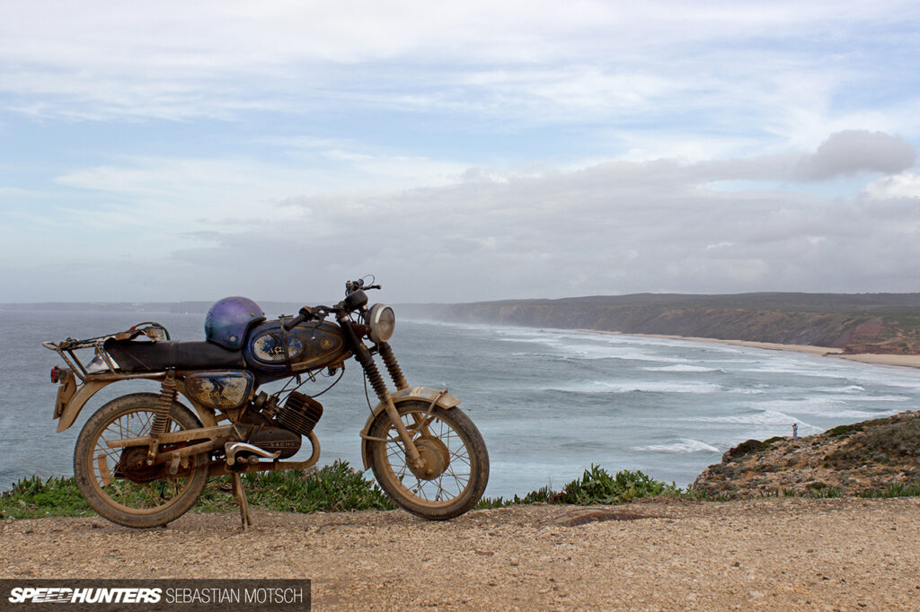 Macal-Motorcycle-at-Algarve-Coast-Portugal-by-Sebastian-Motsch 1280px