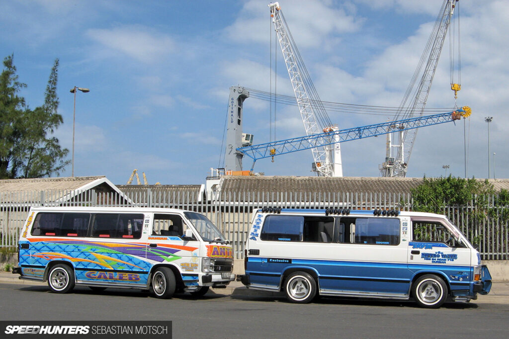 Toyota-Hiace-Siyaya-Taxis-in-Durban-South-Africa-by-Sebastian-Motsch 1280px