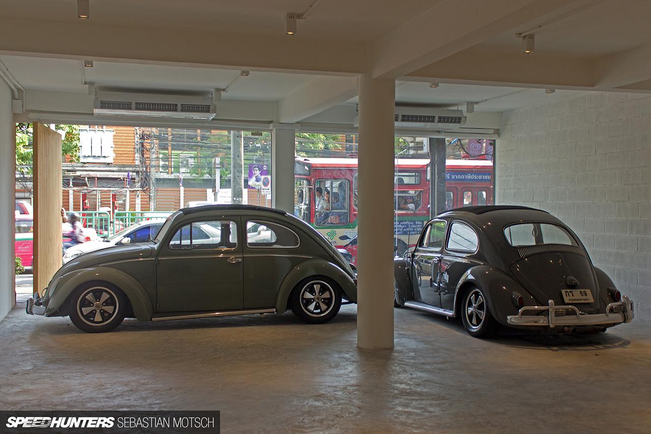 Volkswagen-Beetles-in-Bangkok-Thailand-by-Sebastian-Motsch-08 1280px