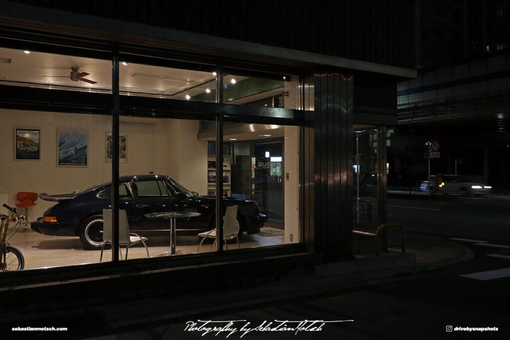 Japan Tokyo Azabujuban Porsche 911 Turbo at AutoSports by Sebastian Motsch