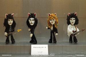 Japan Tokyo Meguro Cat Art Exhibition at Hotel Gajoen Queen Cats by Sebastian Motsch 01