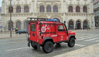Land Rover Defender 90 Bombeiros Portugal Lisboa Drive-by Snapshot by Sebastian Motsch