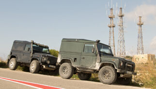 Land Rover Defender 90 Vans Malta Drive-by Snapshot by Sebastian Motsch