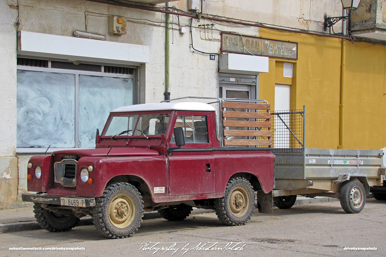 Land Rover Santana 90 SWB Pick-up Spain Burgos Drive-by Snapshot by Sebastian Motsch