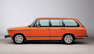 BMW 2002 Touring 4-Door Photoshop by Sebastian Motsch